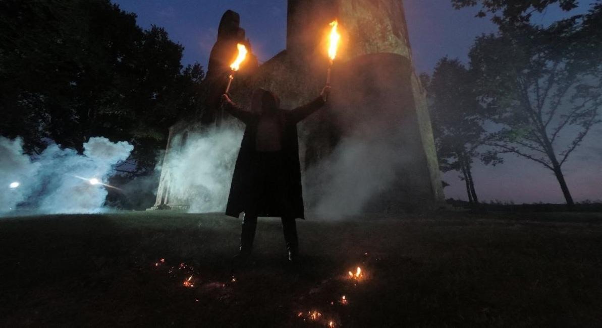 """Behemoth julkaisee näyttävän kirkkokonserttinsa fyysisesti joulukuussa: video """"Evoe"""" -kappaleen esityksestä katsottavissa"""