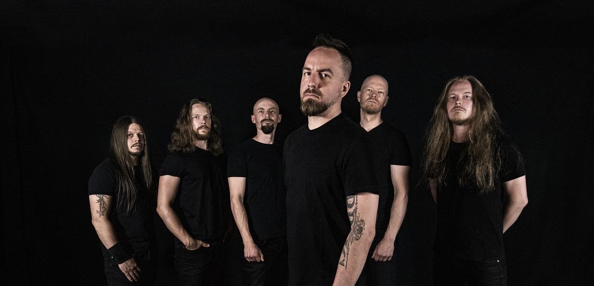 """Bloodred Hourglass soittaa tulevan """"Your Highness"""" -albuminsa kokonaisuudessaan tulevassa Black Box Mikkeli -tapahtumassa: Alaikäisille luvassa päiväkeikka tapahtumapäivänä"""