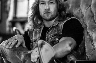 """""""Kantrimusiikki on jämähtänyt lokeroonsa, ja haluan muuttaa asian"""" – haastattelussa kantria ja hard rockia yhdistelevä Cory Marks"""