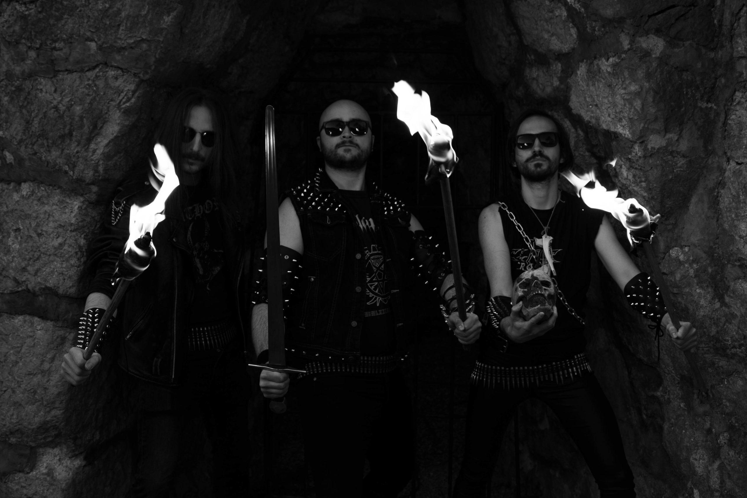 """Hellswordin uusi single """"Chains of Mortality"""" KaaosZinen ennakkokuuntelussa"""