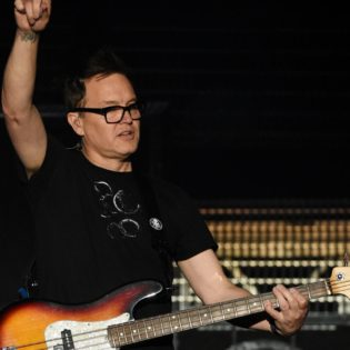 Mahtavia uutisia: Blink-182:n Mark Hoppus kertoo olevansa vapaa syövästä