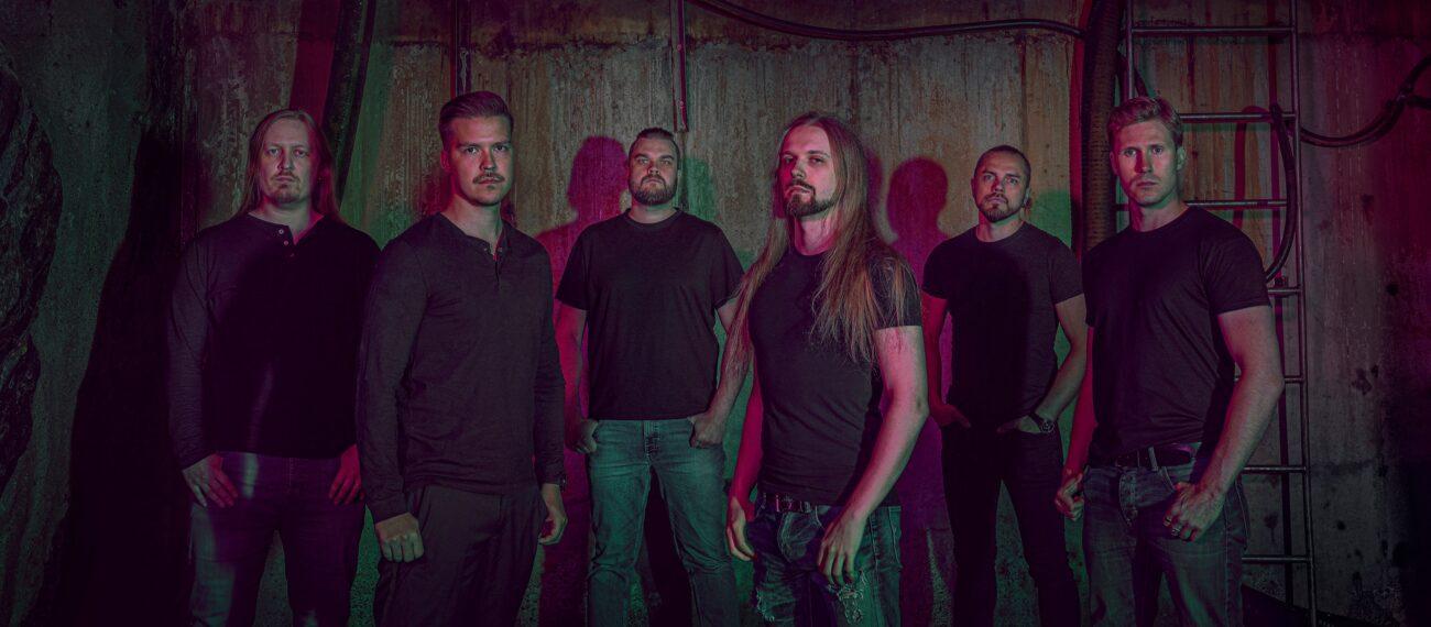 Tarinoita dystopiasta: Kuopiolaisen melodista death metallia soittavan Neon Daemonin debyyttialbumi Kaaoszinen ensisoitossa