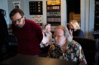 ABBA-odotus kuumenee: nelikolta uusi single tänään