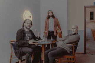 Ruotsalainen rock-yhtye Men Without Qualities julkaisi debyyttialbuminsa