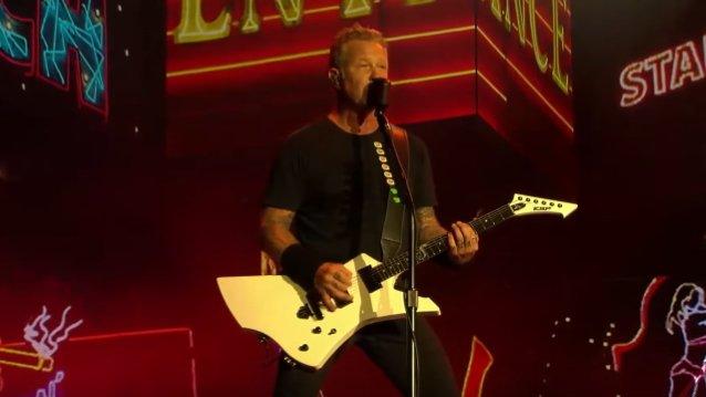 """Metallican tulkinta """"Whiskey In The Jar"""" -kappaleesta katsottavissa Louder Than Life -festivaalista"""