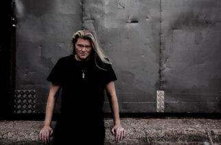 """Samuel Uutinen tiivisti taistelun egonsa kanssa singlelleen """"Who You Are"""""""